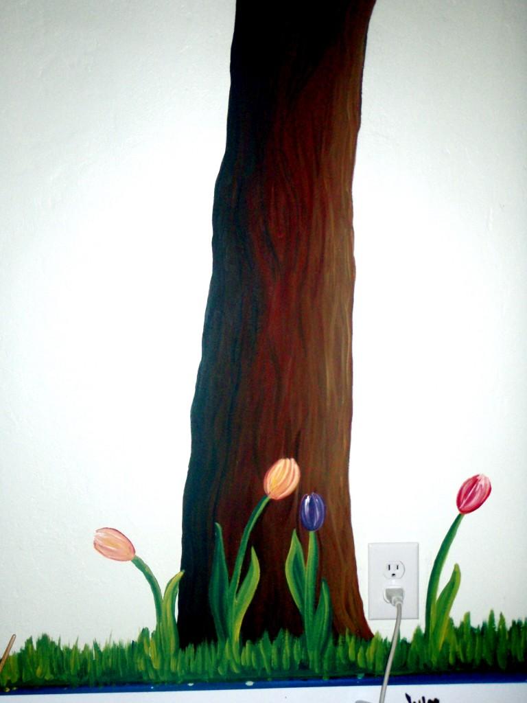 Owls in tree mural (trunk)